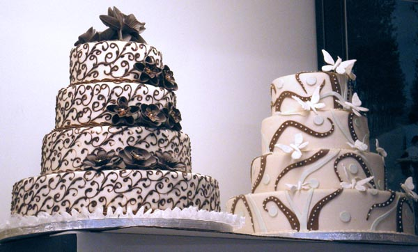 photograph of fondant-iced cakes